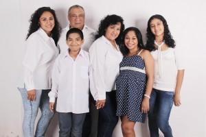 family-photo-827763_960_720